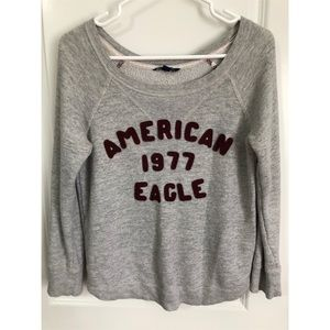AMERICAN EAGLE OUTFITTERS GREY CREW NECK - SMALL